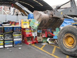 MINCETUR destruye 275 máquinas tragamonedas ilegales decomisadas