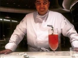 Ministra Magali Silva felicita a chef Bruno Santa Cruz por su trabajo en primer restaurante de cebiche en Turquía