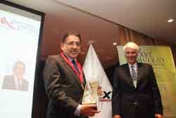 Funcionario de Promperú es reconocido por principal gremio exportador del país