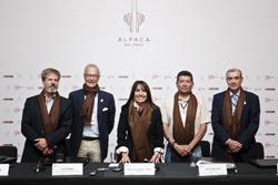 """Ministra Silva: """"Alpaca Fiesta superó expectativas y logra más de US$ 17 millones en negociaciones"""""""