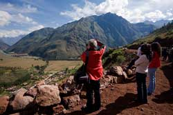 Un millón 500 mil turistas se movilizarán hacia diversos destinos del Perú en feriado largo