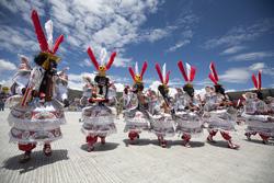 """Ministra Magali Silva: """"Declarar la Festividad de la Virgen de la Candelaria como Patrimonio Inmaterial mundial refuerza nuestras estrategias de turismo"""""""