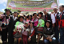 Mincetur inaugura Primer Tambo Turístico en Sacsamarca, Huancavelica