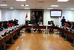 Ministra Magali Silva expuso política de su Sector ante la Comisión de Comercio Exterior y Turismo del Congreso