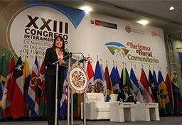 Ministra Magali Silva: el turismo es un factor preponderante en la lucha contra la pobreza