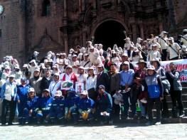Mincetur y autoridades regionales del Cusco lideran jornada de limpieza en la ciudad imperial