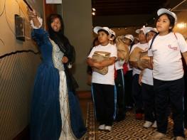 """150 niños realizan primer recorrido turístico en el marco de la iniciativa """"Turismo Social"""" del Mincetur"""
