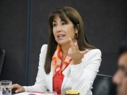 Ministra Magali Silva presenta el Perfil del Vacacionista Nacional 2014