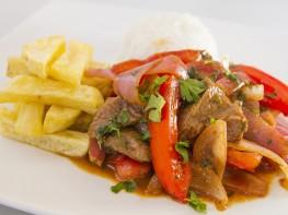 Turismo gastronómico peruano se promociona en vuelos de aerolínea brasilera