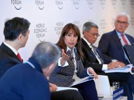 Ministra Silva expone la importancia del TPP para el Perú en Davos