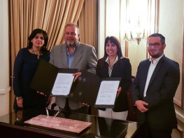 Perú y Cuba establecen lazos de cooperación para promover el desarrollo del turismo