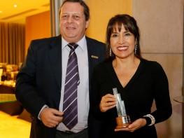 Ministra Magali Silva recibe distinción en el 3er Foro Político Latinoamericanosobre Turismo de Reuniones