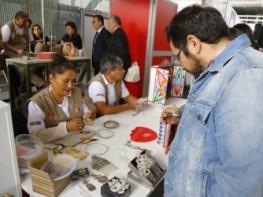 Presentaciones gastronómicas y culturales y variada información sobre los servicios de Mincetur destacaron hoy en la Feria de Programas y Servicios Nacionales