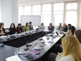 Ministra Magali Silva se reunió con la Comisión de Transferencia del Gobierno