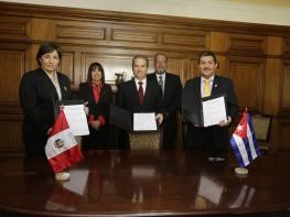 Ministra Magali Silva: Centro de Formación en Turismo – CENFOTUR inicia su internacionalización