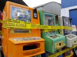 Mincetur clausura en Pasco salas ilegales de juegos de tragamonedas e incauta máquinas