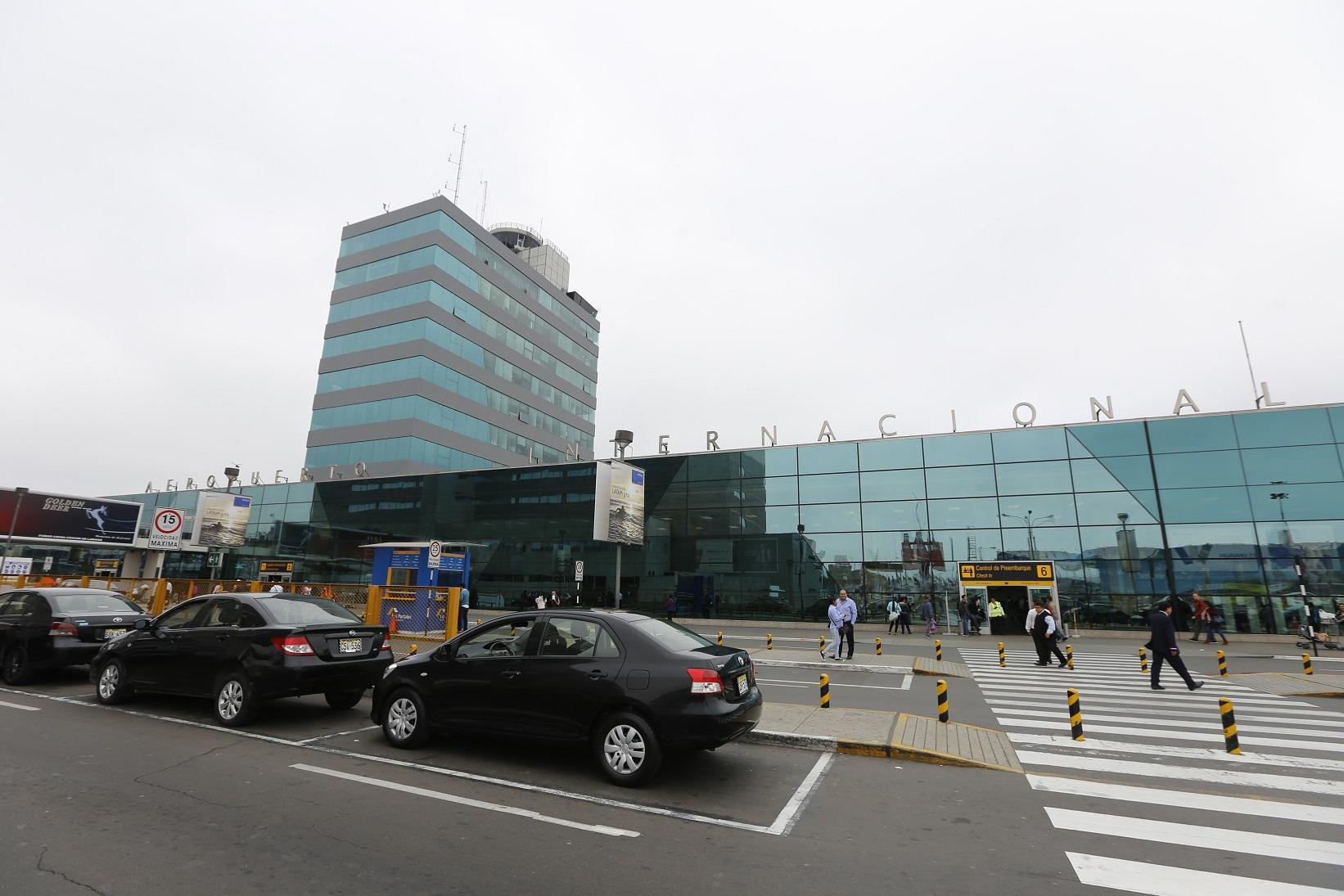 Ministerio de comercio exterior y turismo brinda for Ministerio del interior telefono informacion