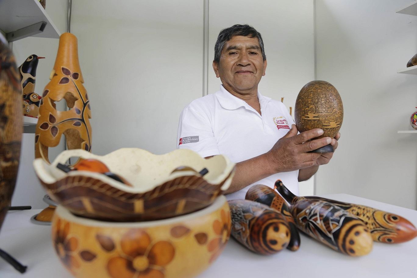 D a nacional del artesano m s de 60 mil artistas peruanos - Artesanos valencia ...