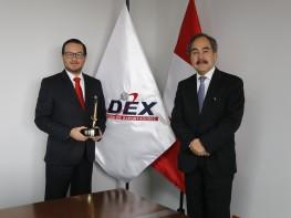 """Viceministro Edgar Vásquez obtuvo reconocimiento """"Funcionario público destacado"""" del 2016"""