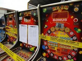 Mincetur clausura salas ilegales de juegos de tragamonedas en Cajamarca