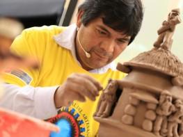 """Artesanos más destacados del país serán reconocidos con """"Premio Nacional Amautas de la Artesanía Peruana"""""""
