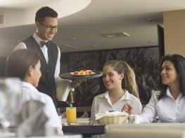 Atención turista: ¿sabes dónde encontrar servicios turísticos formales?